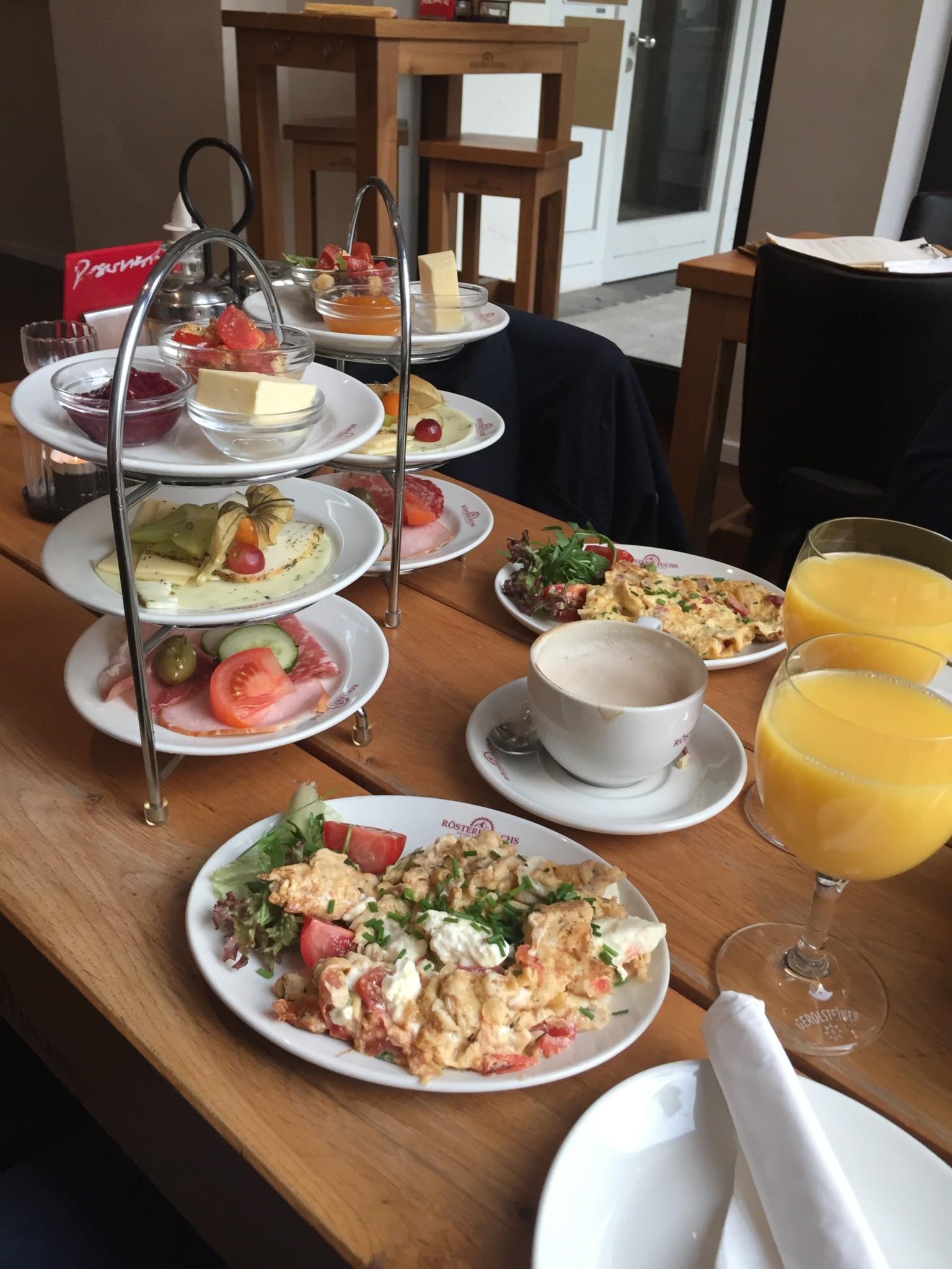 Breakfast at Rösterei Fuchs in Schwerin during our team retreat.